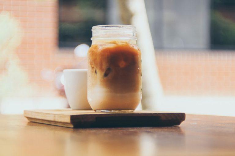 ビーガンメープルアイスコーヒー