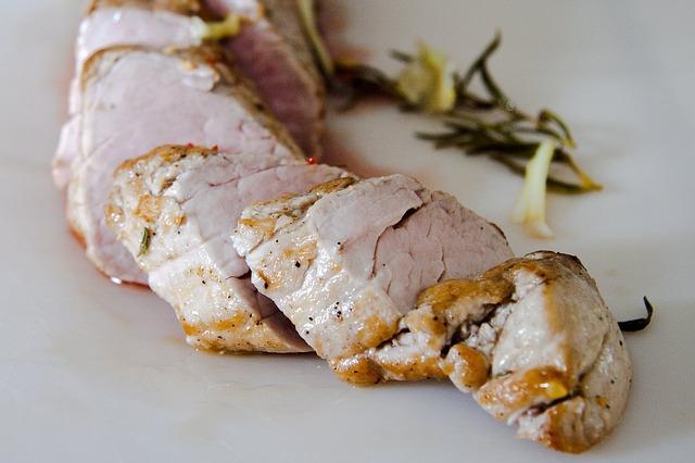 ディジョンメープルでマリネした豚ヒレ肉